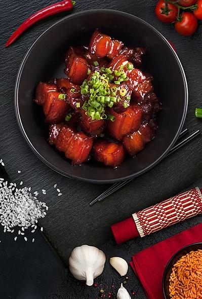 Undercuts in red sauce