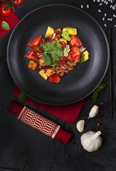 Салат из остро-сладкого хрустящего баклажана